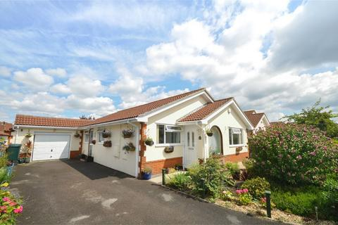 3 bedroom detached bungalow for sale - Martindale Avenue, WIMBORNE, Dorset