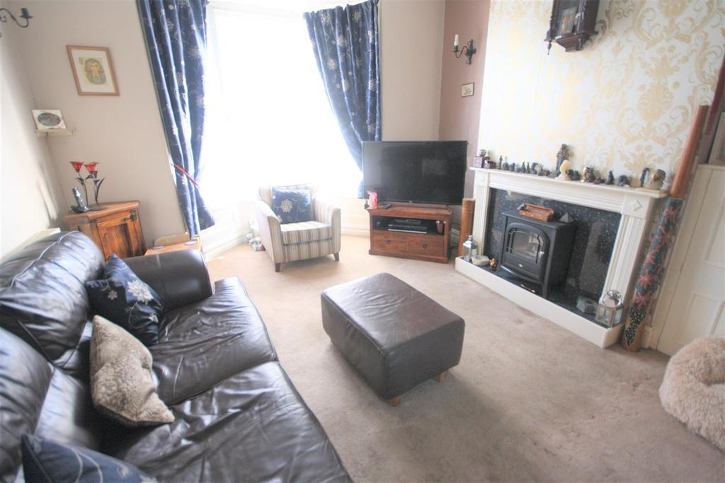 4 Bedrooms Terraced House for sale in Whittington Road, Oswestry