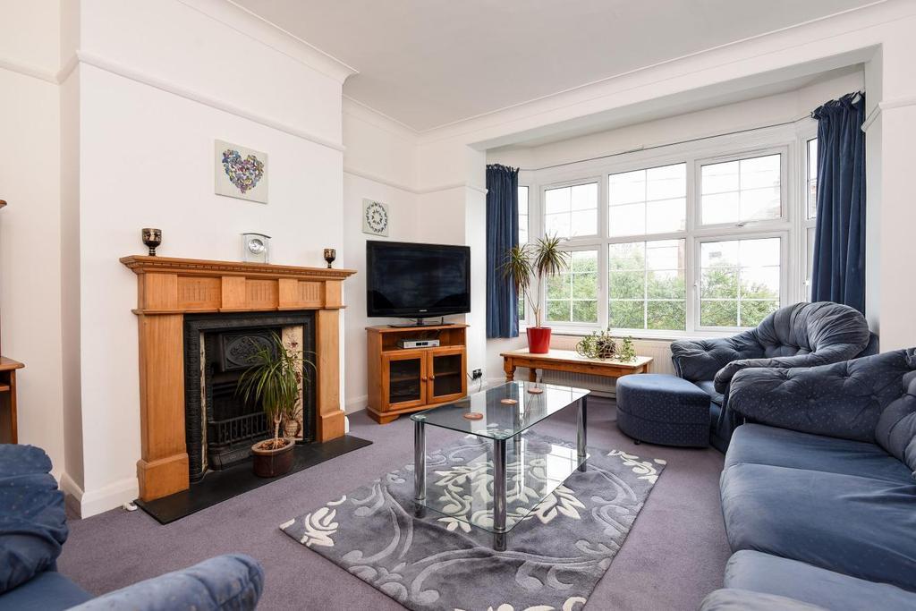 3 Bedrooms Maisonette Flat for sale in Cannon Hill Lane, Wimbledon, SW20