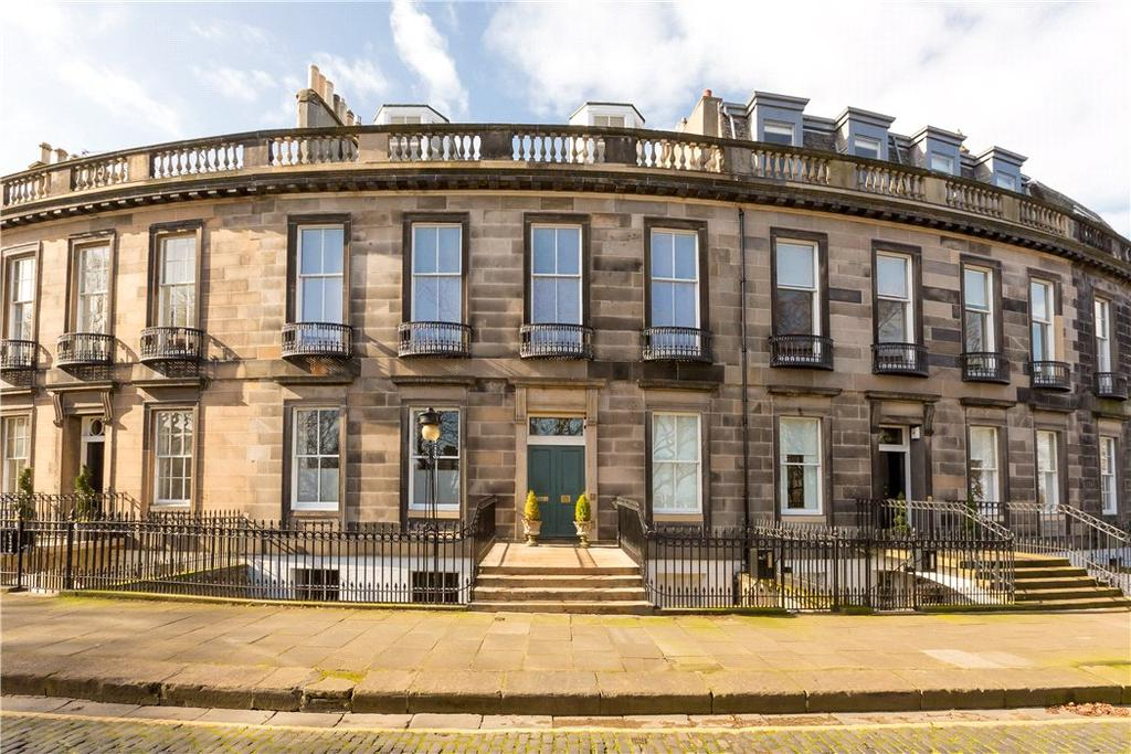 2 Bedrooms Flat for sale in Carlton Terrace, Edinburgh, Midlothian, EH7