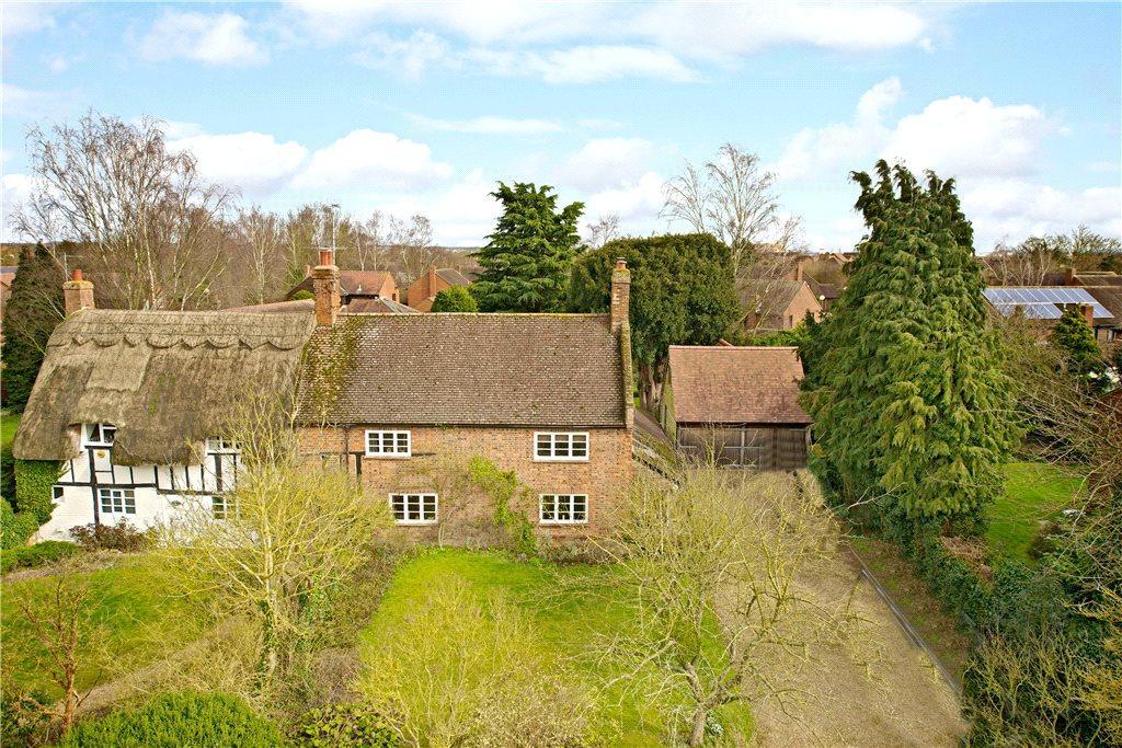 4 Bedrooms Unique Property for sale in Burley Cottages, Walton Road, Milton Keynes Village, Buckinghamshire