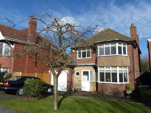 3 Bedrooms Detached House for sale in Chester Road,Streetly,Sutton Coldfield