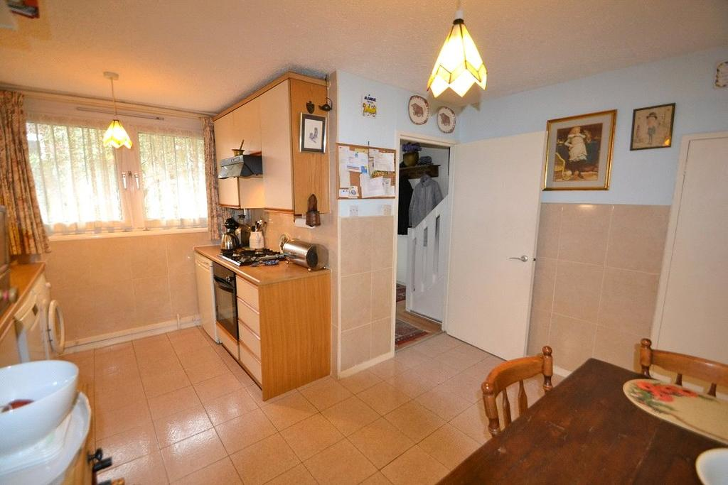 3 Bedrooms Maisonette Flat for sale in Mayford, Oakley Square, Mornington Crescent, London, NW1