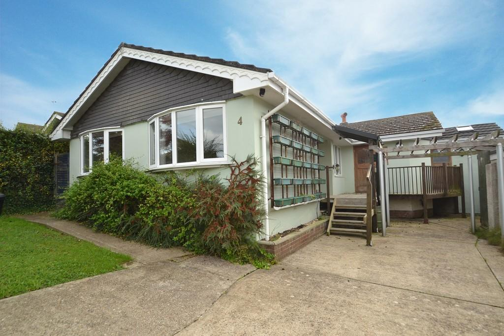 4 Bedrooms Detached Bungalow for sale in Horestone Rise, Seaview