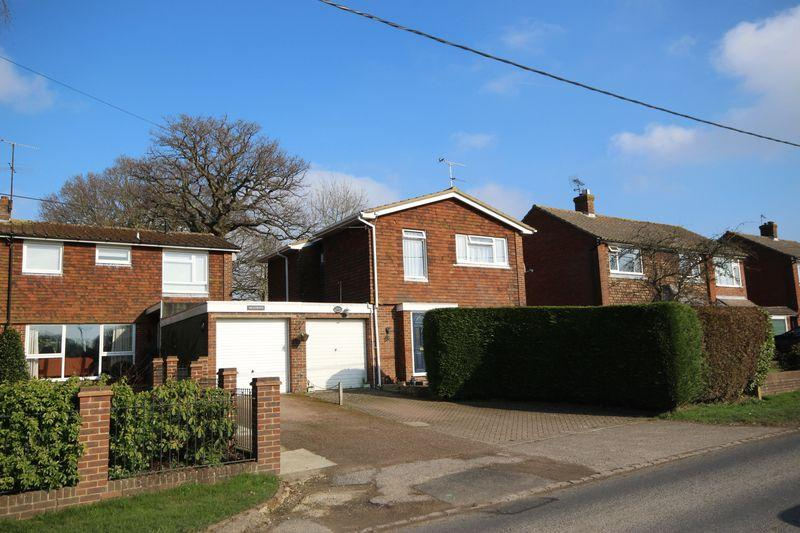 4 Bedrooms Detached House for sale in Green Road, Wivelsfield Green