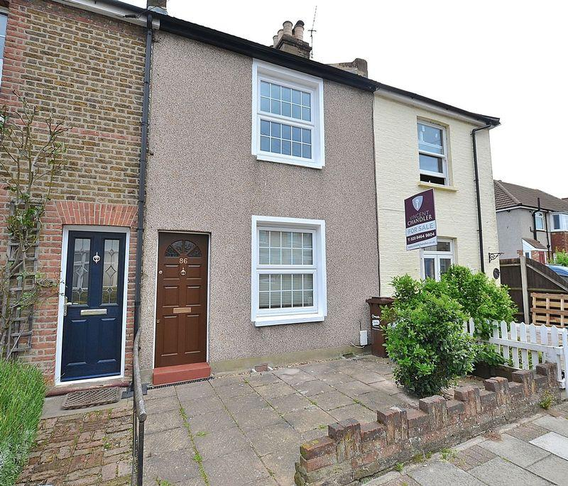 2 Bedrooms Terraced House for sale in Jackson Road, Bromley
