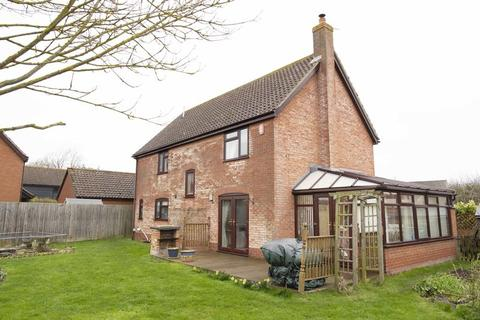4 bedroom detached house for sale - Church Meadow, Gislingham