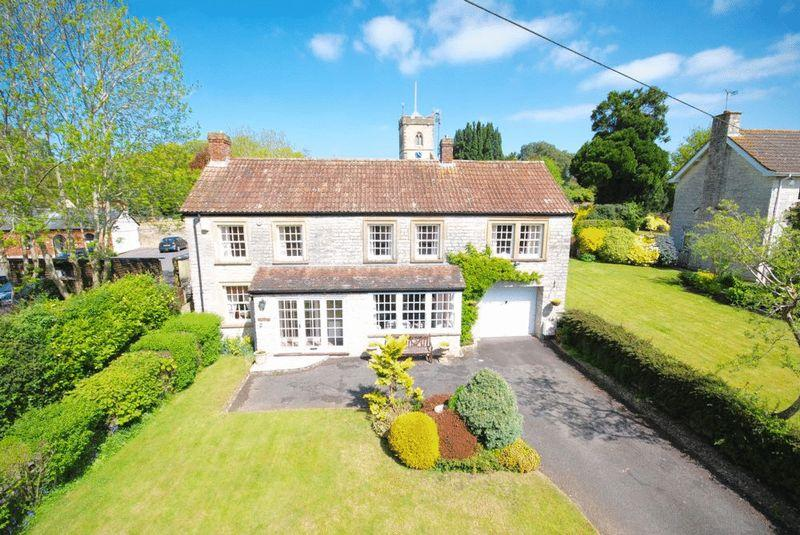 3 Bedrooms Detached House for sale in DITCHEAT - Between Castle Cary, Glastonbury and Shepton Mallet.