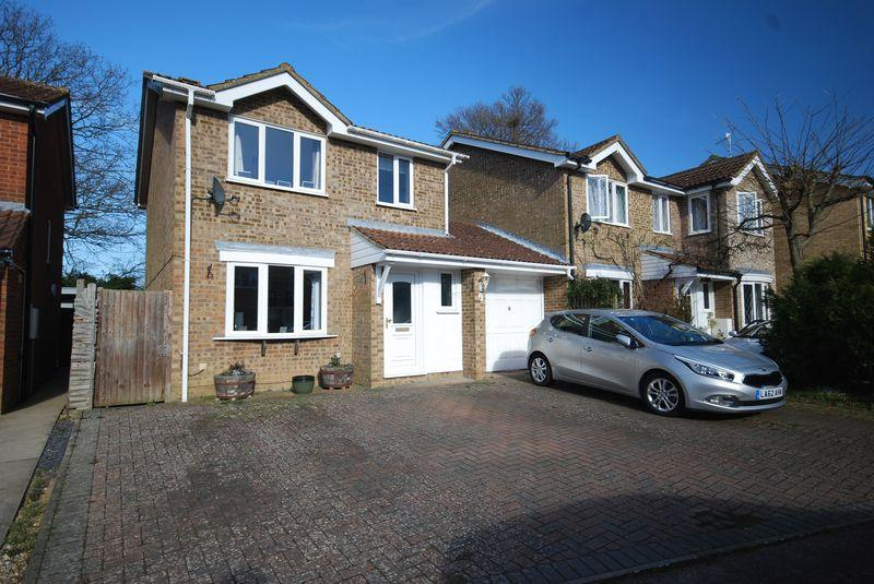 3 Bedrooms Link Detached House for sale in Southwood Road, Rusthall