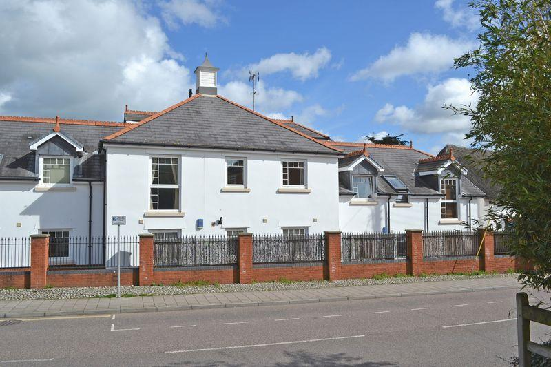 2 Bedrooms Apartment Flat for sale in Woolbrook Road, Sidmouth