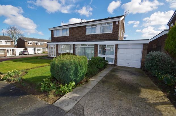 3 Bedrooms Semi Detached House for sale in Merrington Close, Moorside, SR3