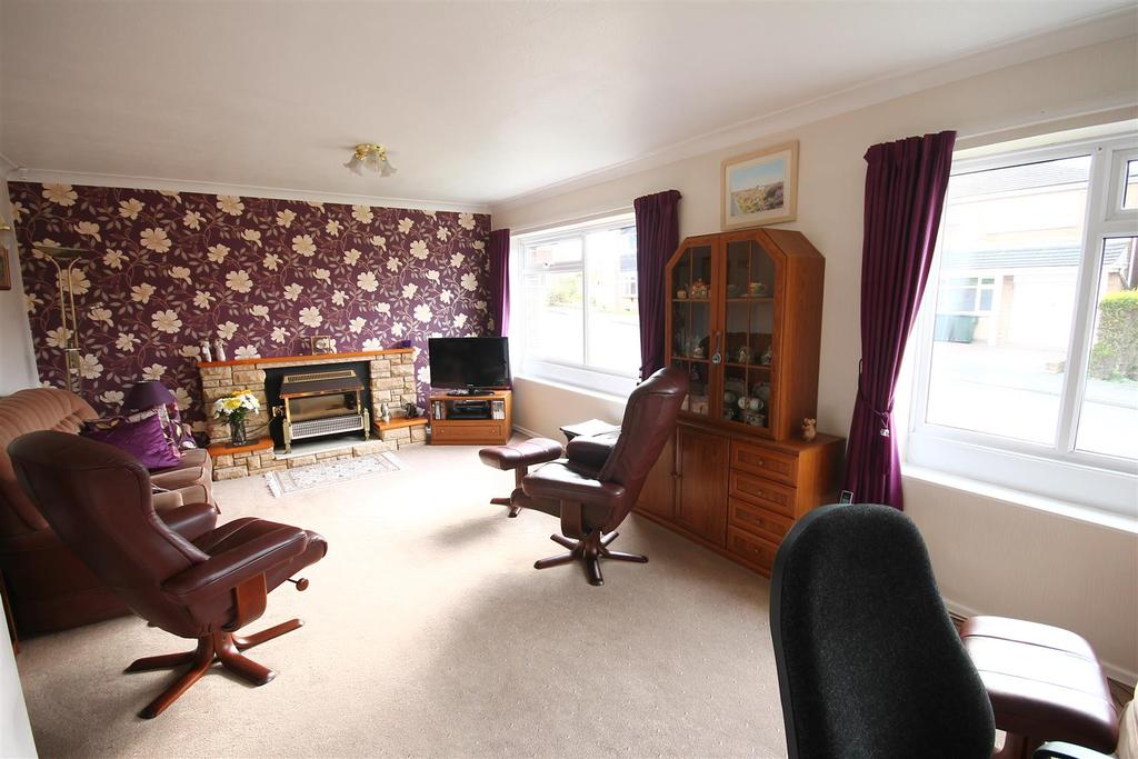 4 Bedrooms House for sale in Lamonby Close, Nunthorpe, Middlesbrough