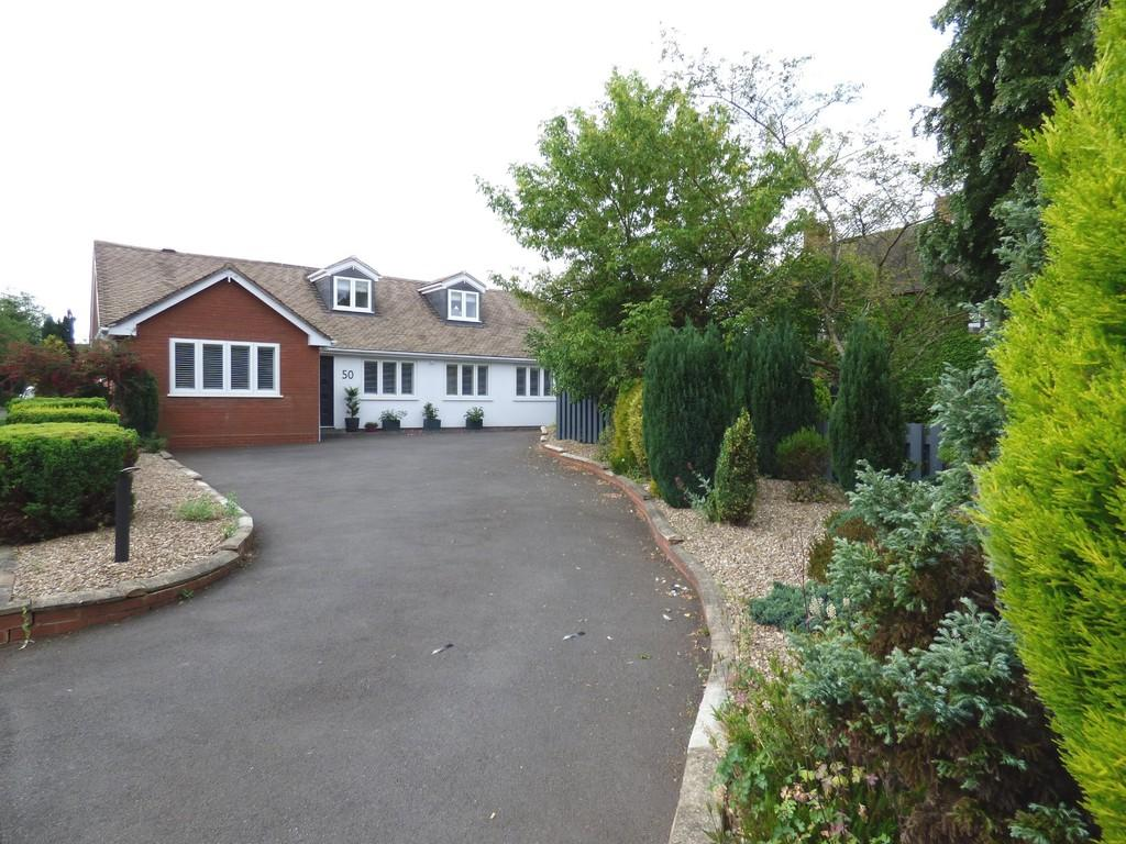 4 Bedrooms Bungalow for sale in Alrewas Road, Kings Bromley