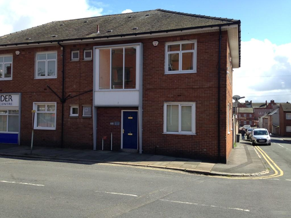2 Bedrooms Apartment Flat for rent in Hartington Street, Barrow-in-Furness
