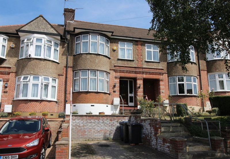 3 Bedrooms Terraced House for sale in Ferney Road, East Barnet