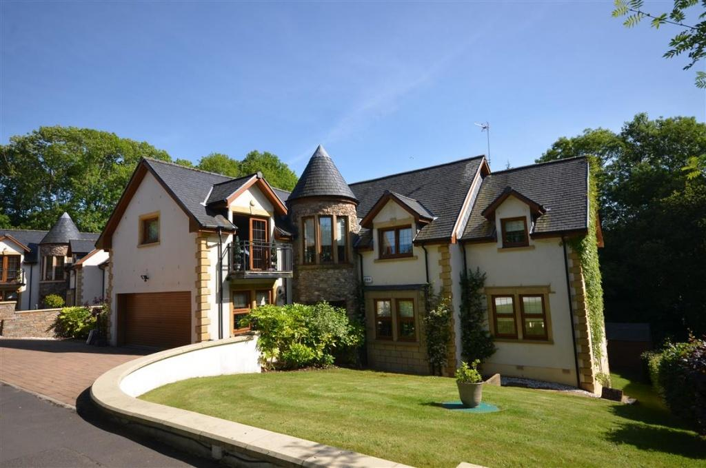 5 Bedrooms Detached Villa House for sale in 1 Glengall Lane, Alloway, KA7 4TJ