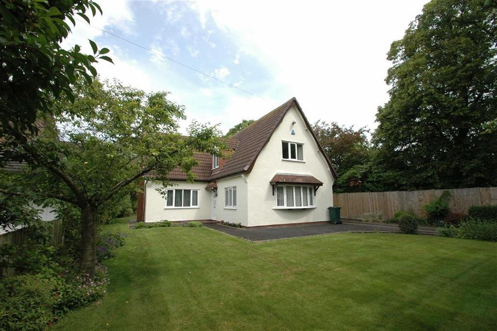 3 Bedrooms Detached House for sale in Curzon Park South, Curzon Park