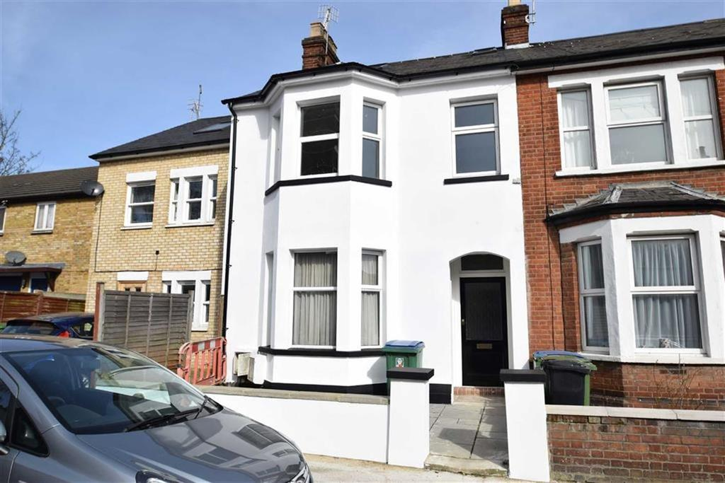 3 Bedrooms Apartment Flat for sale in Wellington Road, Watford, Herts