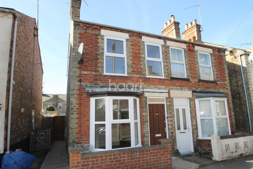 3 Bedrooms Semi Detached House for sale in Prince Street, Wisbech