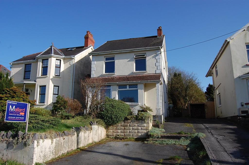 3 Bedrooms Detached House for sale in Kings Road, Llandybie, Ammanford
