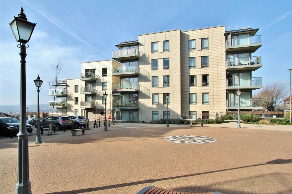 1 Bedroom Flat for sale in Pankhurst Avenue