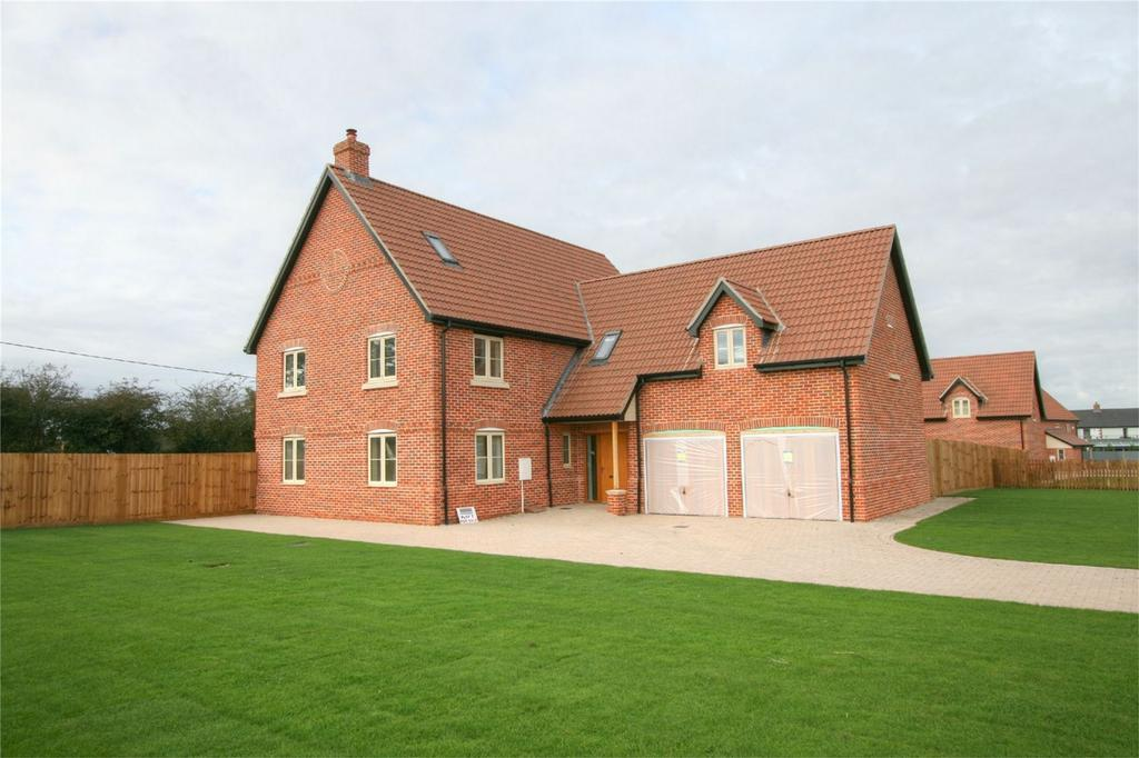 5 Bedrooms Detached House for sale in Kenninghall Road, East Harling, NR16 2QD, East Harling, Norfolk