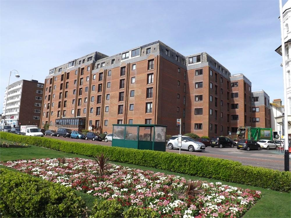 1 Bedroom Flat for sale in Marina, Bexhill-on-Sea, East Sussex