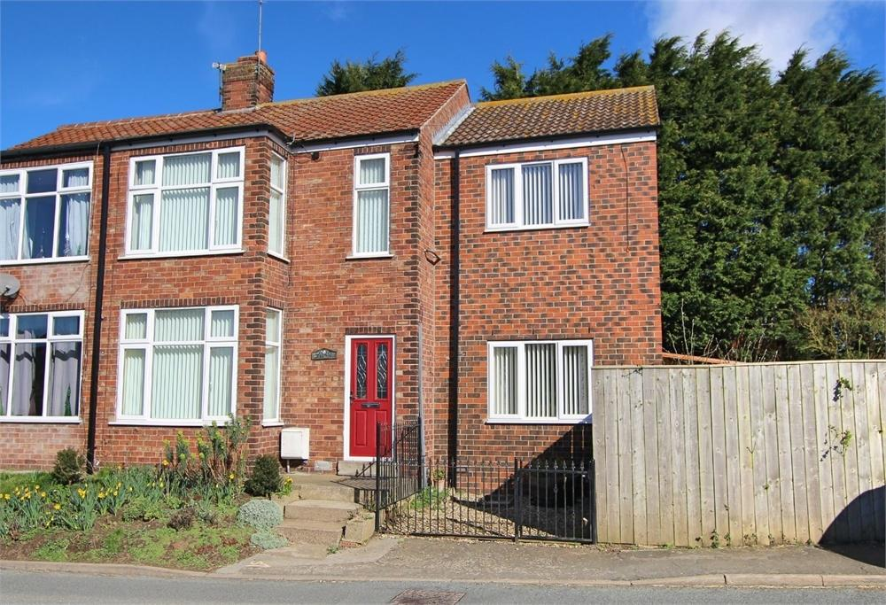 3 Bedrooms Semi Detached House for sale in Linc's View, Main Street,, Welwick, East Riding of Yorkshire