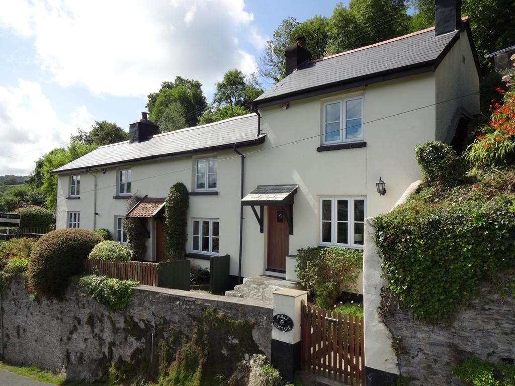4 Bedrooms Detached House for sale in Hagginton Hill, Berrynarbor