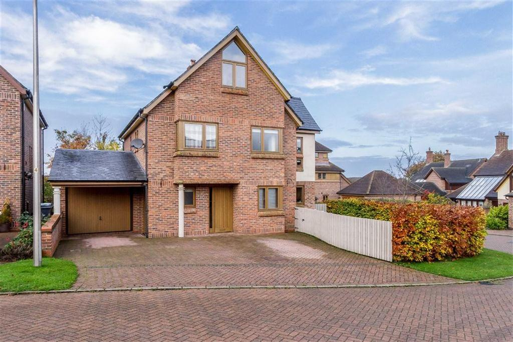 4 Bedrooms Detached House for sale in Chailey Rise, Clutton, Chester, Chester
