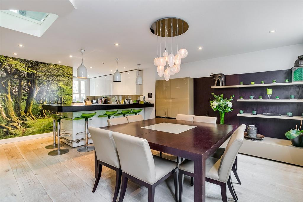 4 Bedrooms Terraced House for sale in Stanhope Gardens, South Kensington, London