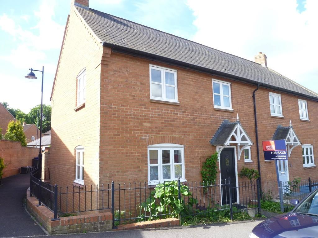 3 Bedrooms End Of Terrace House for sale in Alfred Street, Westbury