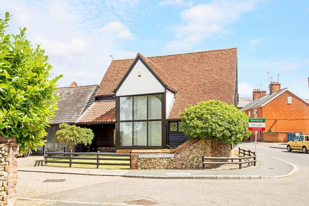 4 Bedrooms Barn Conversion Character Property for sale in Canterbury Grange, Bocking, Braintree, Essex, CM7