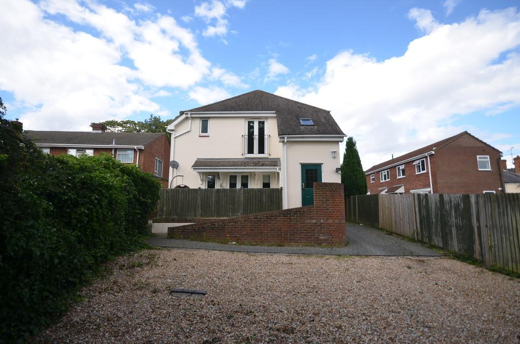 1 Bedroom Apartment Flat for sale in Upper Hale Road, Farnham