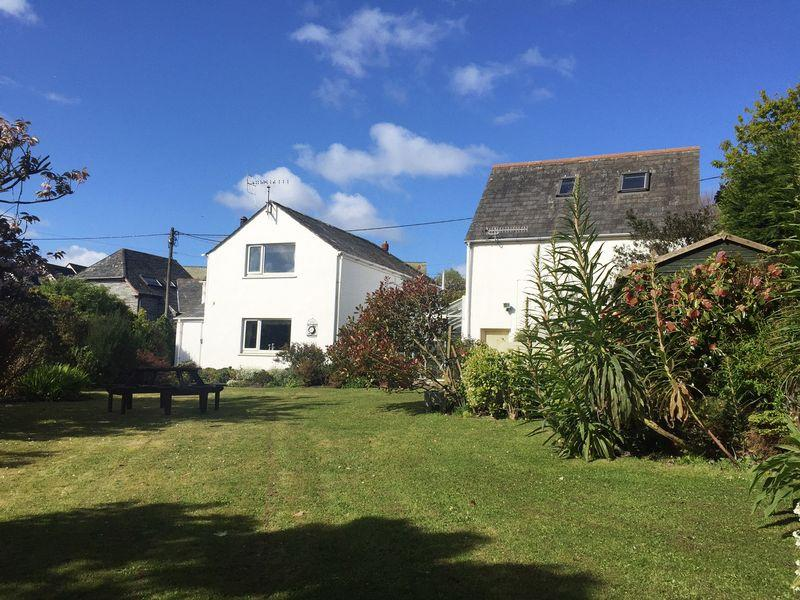 4 Bedrooms Detached House for sale in Potters Lane, Boscastle