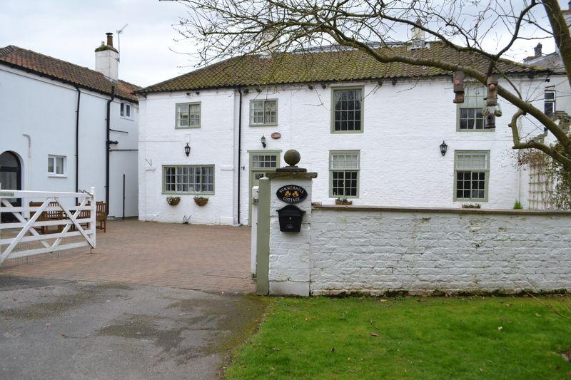 2 Bedrooms Cottage House for sale in Summer Hill, Gainsborough