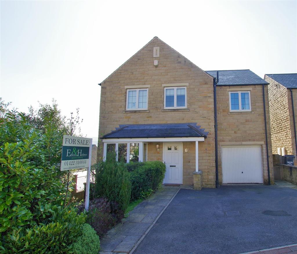 4 Bedrooms Detached House for sale in Halstead Close, Ripponden