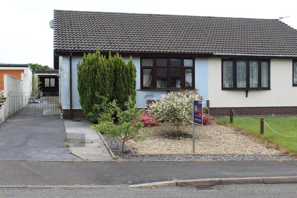 2 Bedrooms Semi Detached Bungalow for sale in Ffordd Dafydd, Penygroes, Llanelli