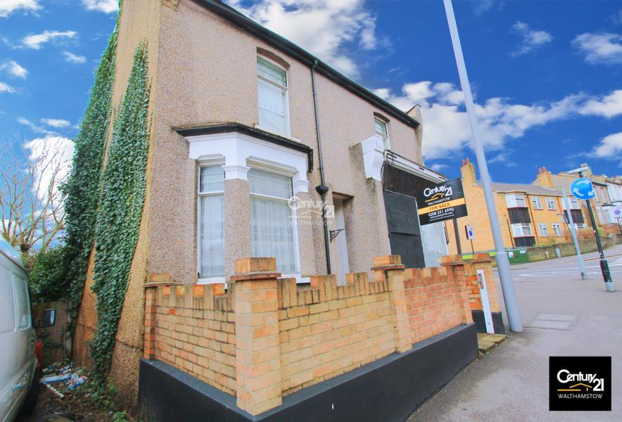 3 Bedrooms Detached House for sale in Higham Hill Road, E17 6EJ
