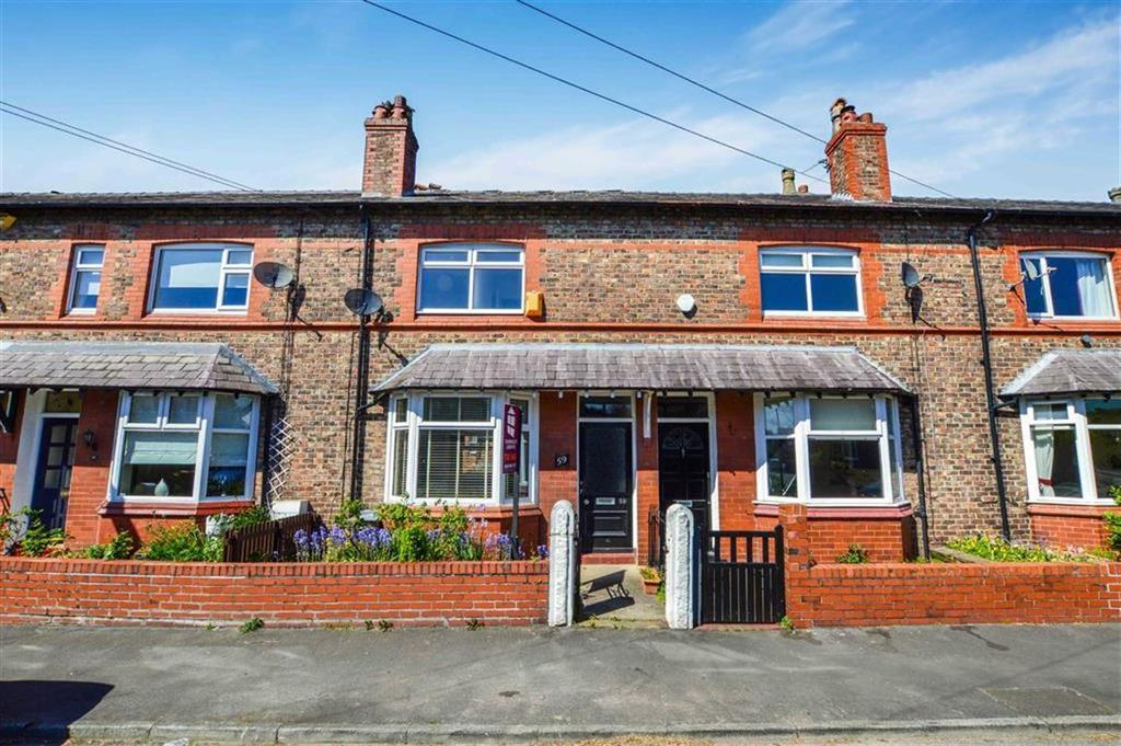 4 Bedrooms Terraced House for sale in Hermitage Road, Hale, Cheshire, WA15