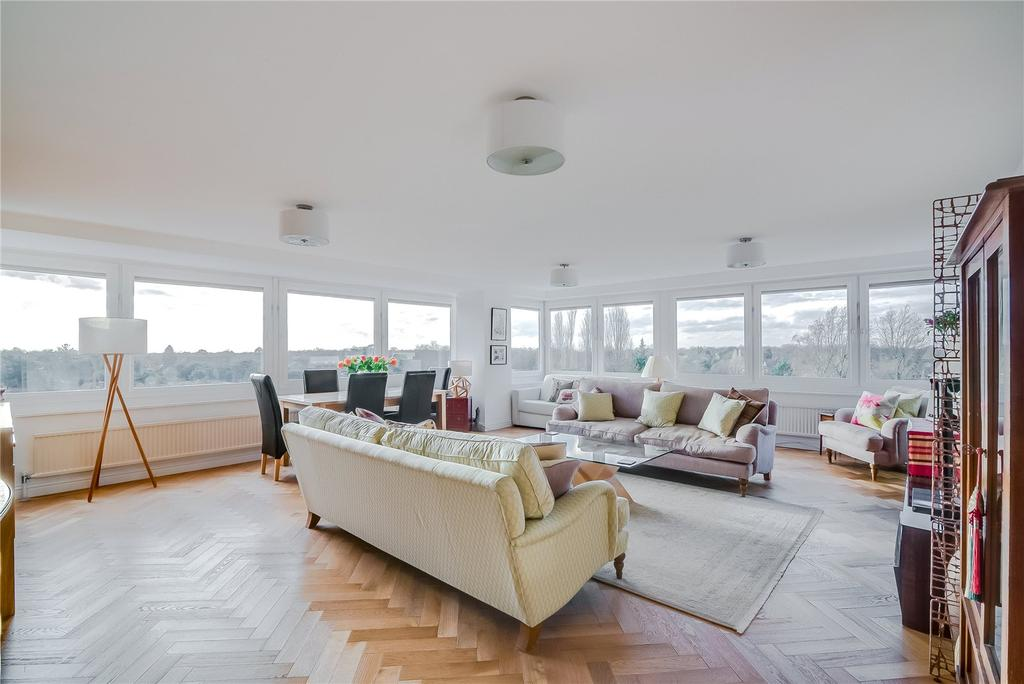 2 Bedrooms Flat for sale in Burghley House, Wimbledon, SW19