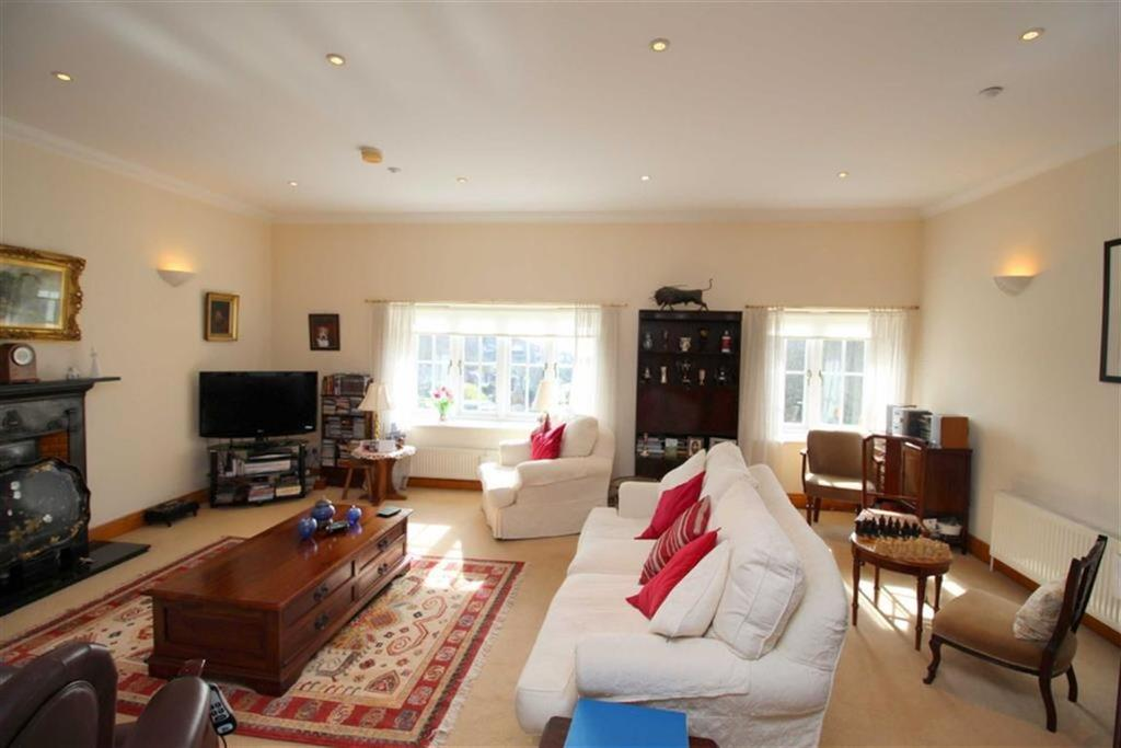 4 Bedrooms Apartment Flat for sale in Old London Road, Hastings