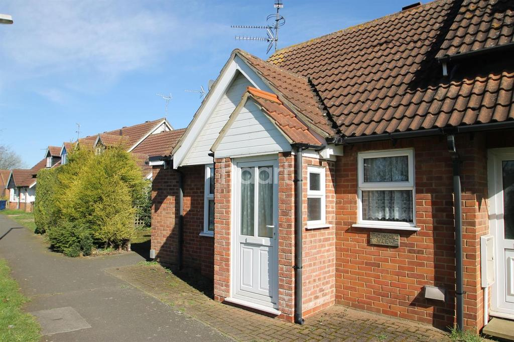1 Bedroom Bungalow for sale in Admirals Drive, Wisbech