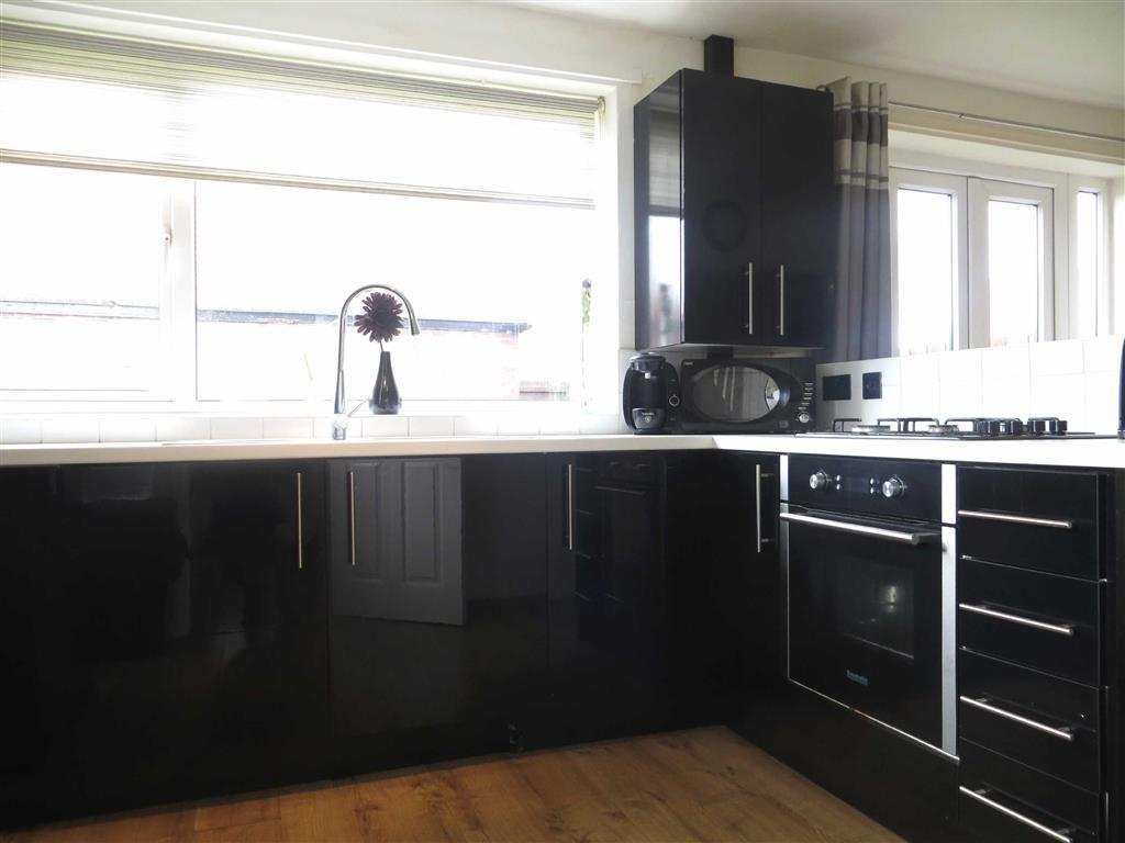 3 Bedrooms Semi Detached House for sale in Chapel House Road, Newcastle Upon Tyne