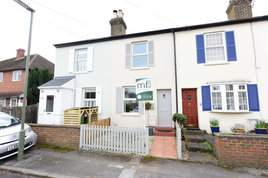 2 Bedrooms Cottage House for sale in Cottimore Terrace, WALTON ON THAMES KT12