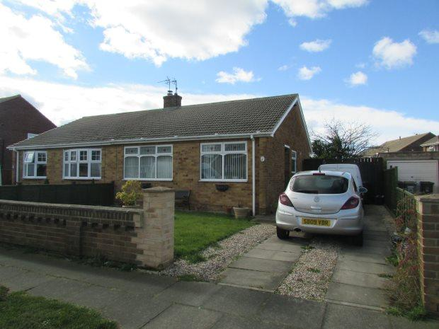 2 Bedrooms Semi Detached Bungalow for sale in STOKESLEY ROAD, SEATON CAREW, HARTLEPOOL
