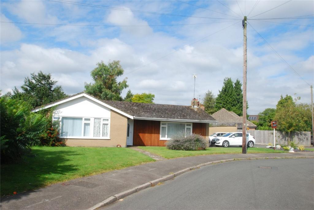 3 Bedrooms Detached Bungalow for sale in Harrietsham