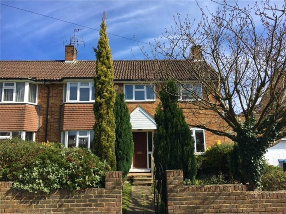 4 Bedrooms Semi Detached House for sale in Leverstock Green Road, HEMEL HEMPSTEAD, Hertfordshire
