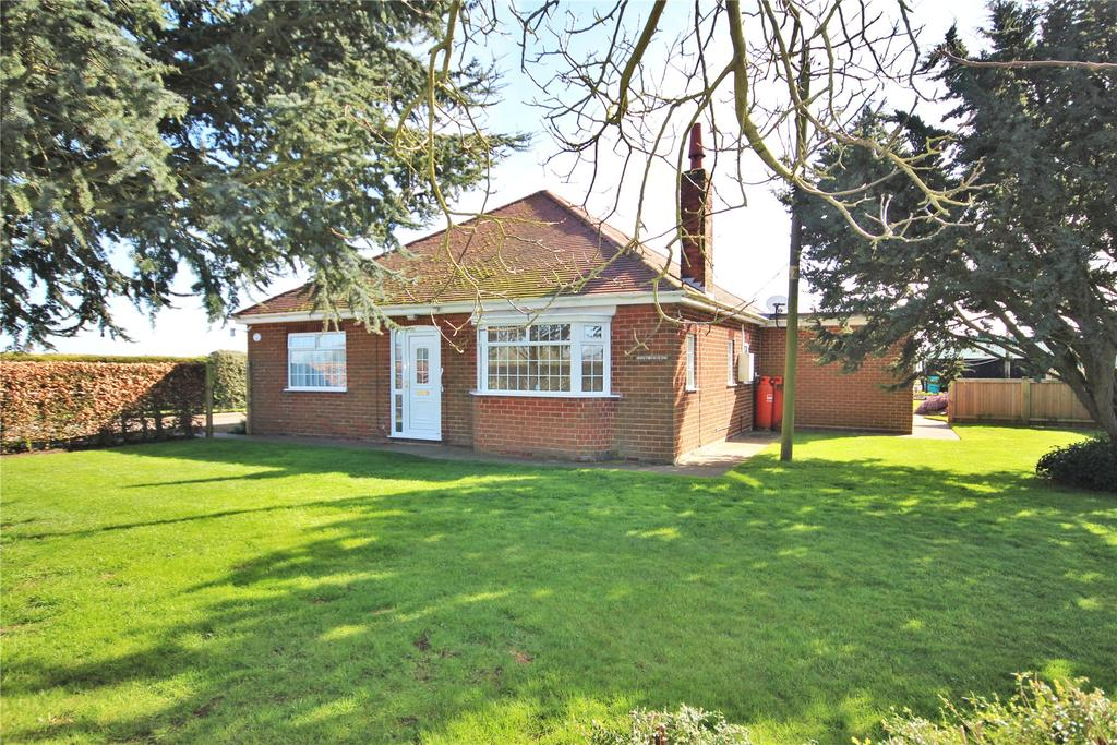 3 Bedrooms Detached Bungalow for sale in Doves Lane, Freiston, PE22