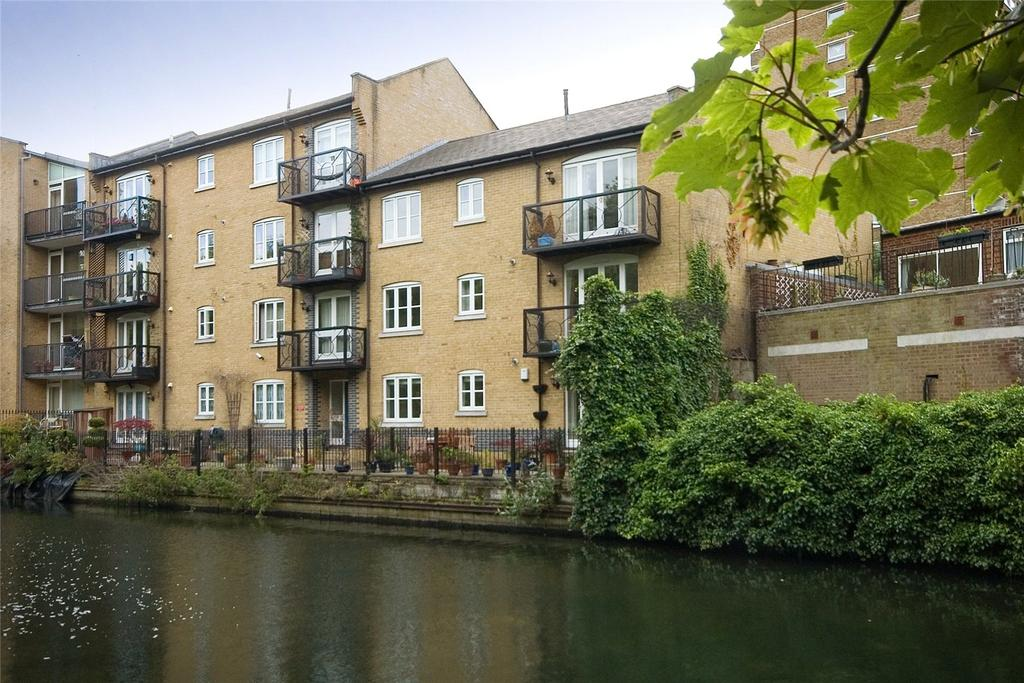 2 Bedrooms Flat for sale in Haslers Wharf, 219 Old Ford Road, London, E3